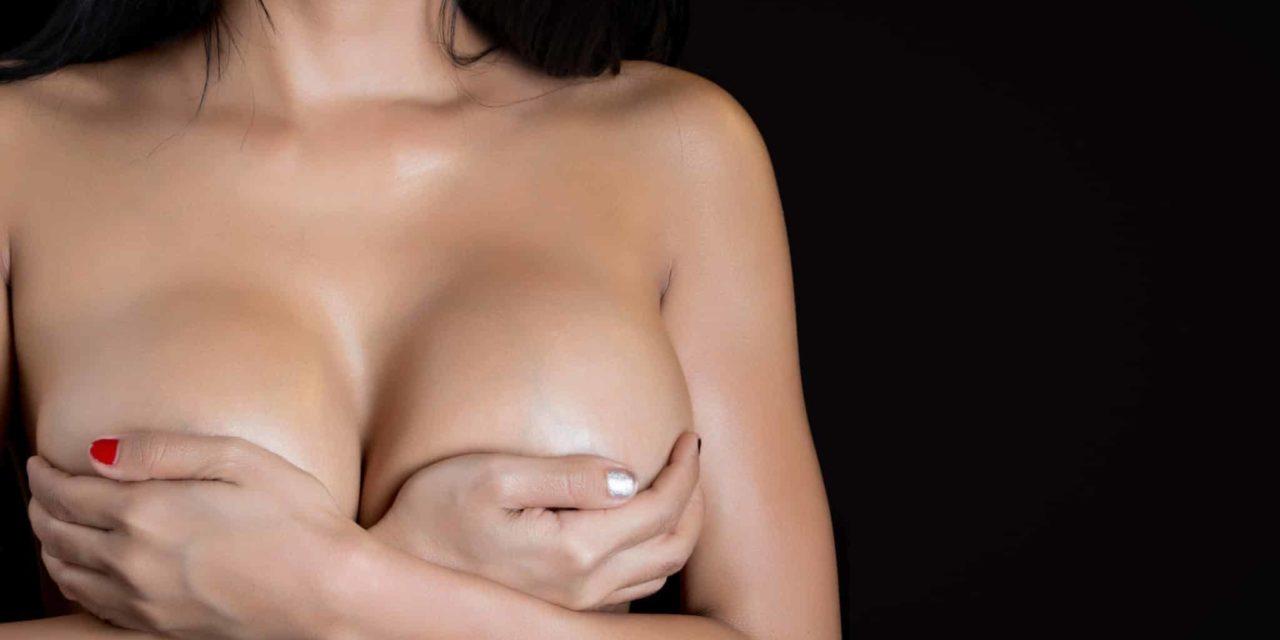 Stillen mit Brustimplantat