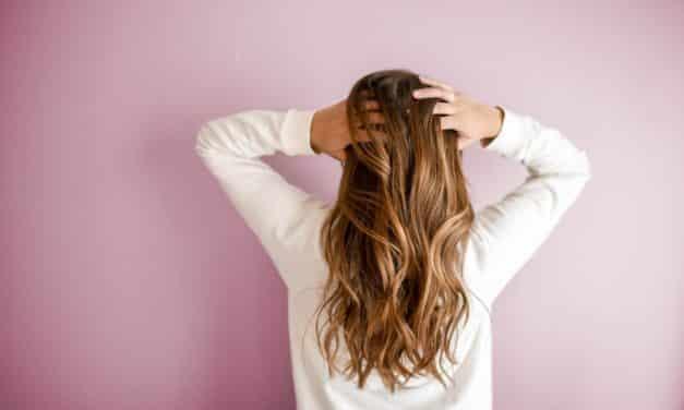 So pflegt ihr eure Haare während der Corona-Pandemie