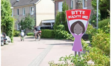 Gewinnspiel: 2 ganz individuelle Verkehrssicherheitsschilder von Zeichenmonster