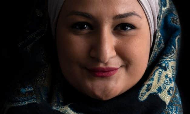 Bestseller von Menerva Hammad: Wir treffen uns in der Mitte der Welt – Exklusivinterview mit der Autorin
