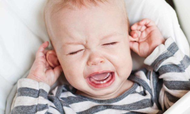 Ohrenentzündung/Otitis externa beim Baden vorbeugen