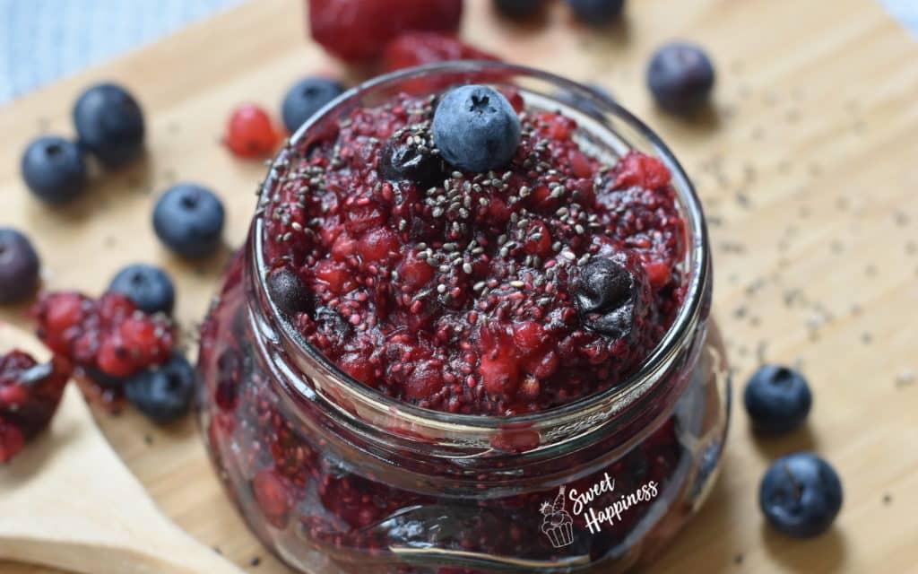 Habt ihr schon mal Chia-Fruchtkonfitüre gegessen? So macht ihr sie in 3 einfachen Schritten