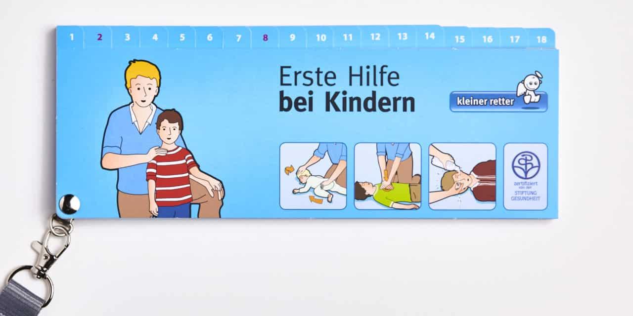 """Gewinnspiel: 3 Exemplare """"Kleiner Retter"""" – Erste Hilfe bei Kindern"""