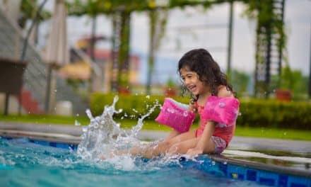 So lernt dein Kind schwimmen: 7 Fakten
