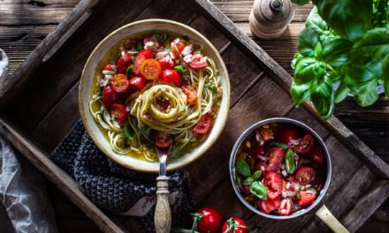 All time favorite mal anders: Spaghetti mit aromatischer Tomatensoße vegan