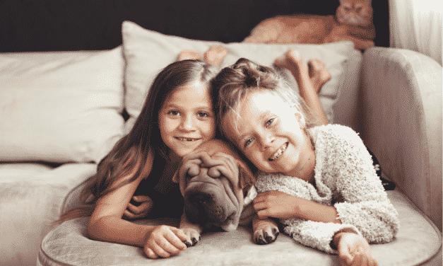 8 richtig gute Gründe warum Kinder mit Haustieren aufwachsen sollten